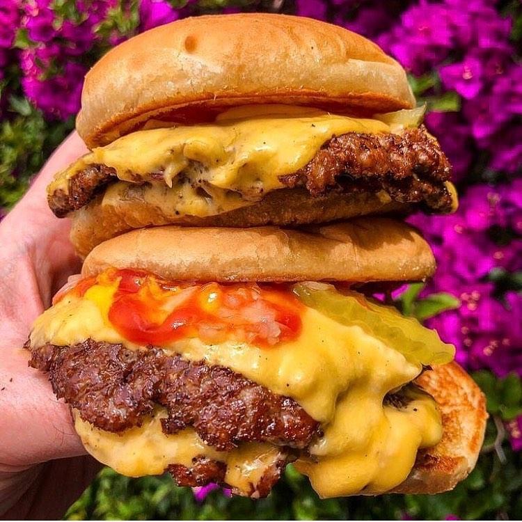 Burgers Never Say Die in Silver Lake
